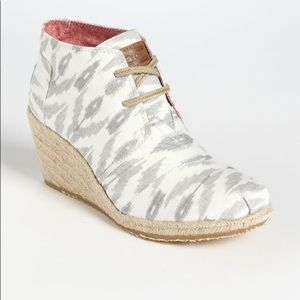 "Toms Ikat Desert Gray  3"" Wedge - Size 9"